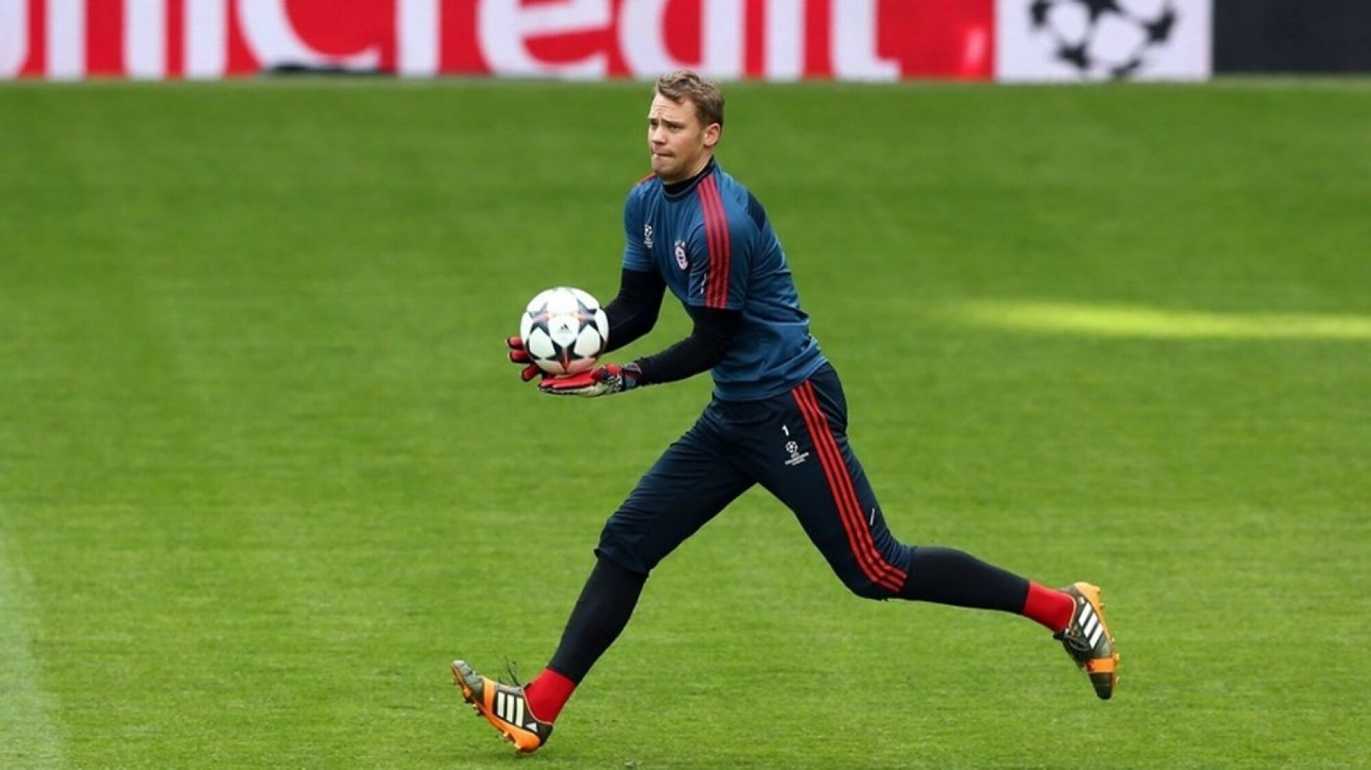 Breaking News: Manuel Neuer back in action for the DFB Pokal finals