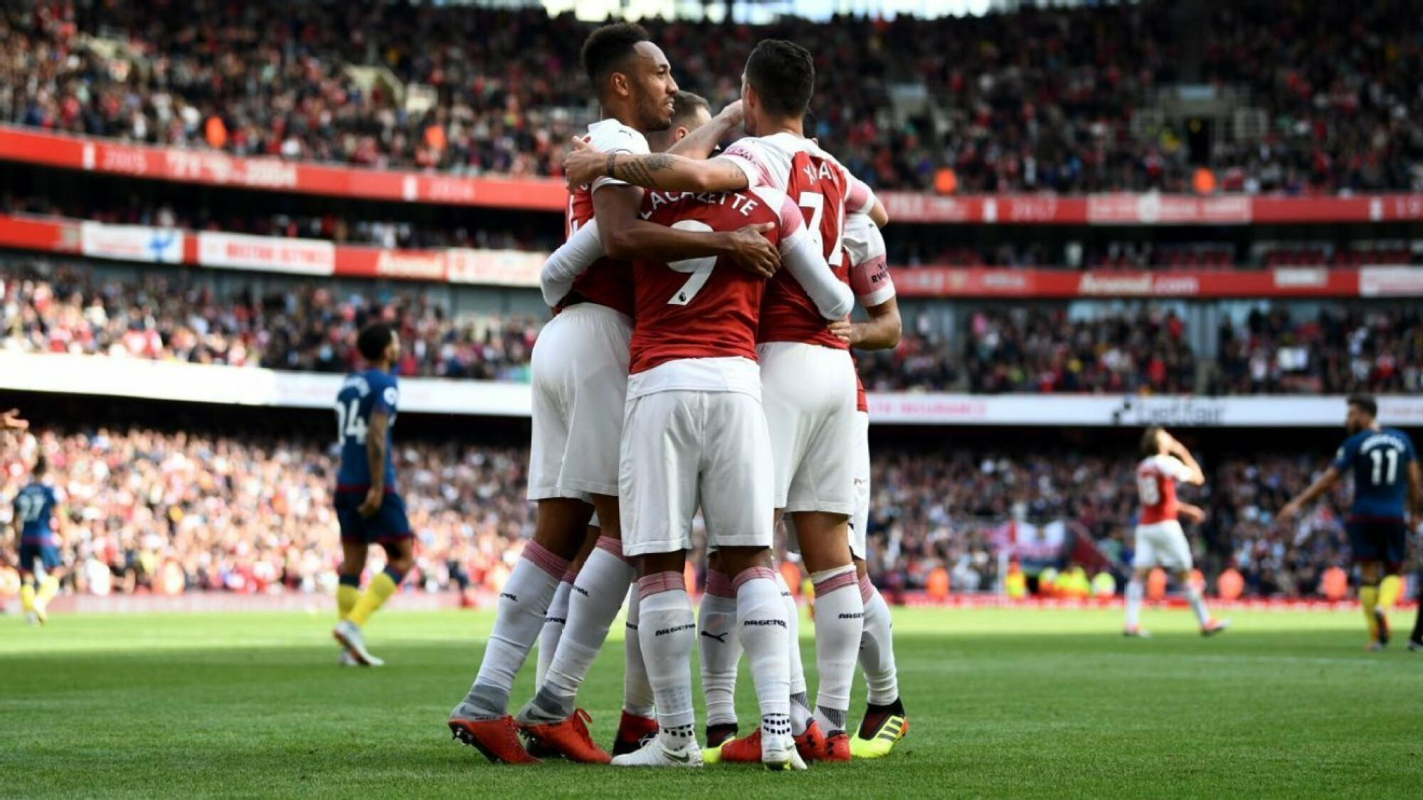 Arsenal finally win under Unai Emery in a mixed performance