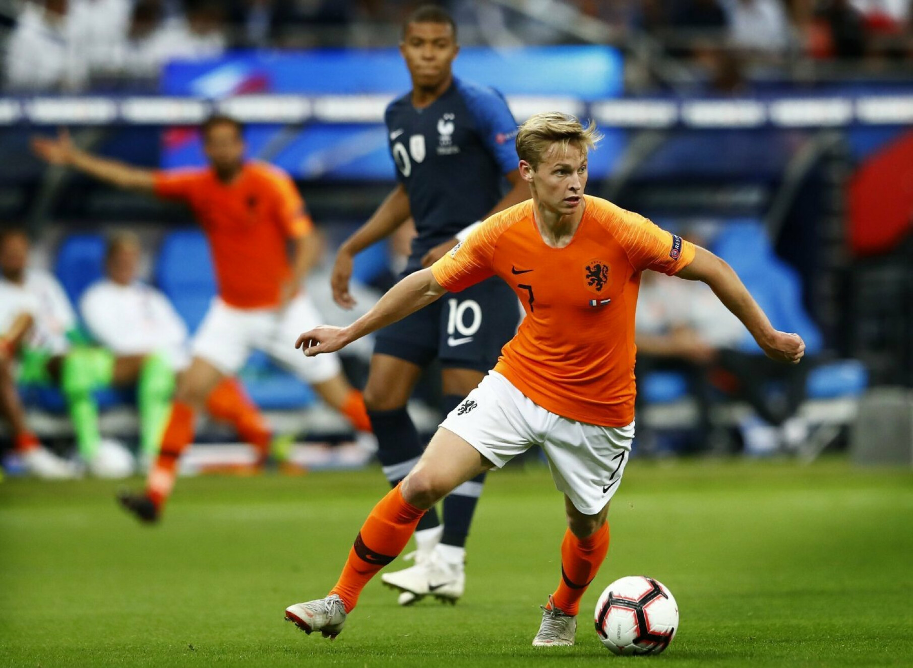 Why Frenkie de Jong will attract more suitors than Matthijs de ligt