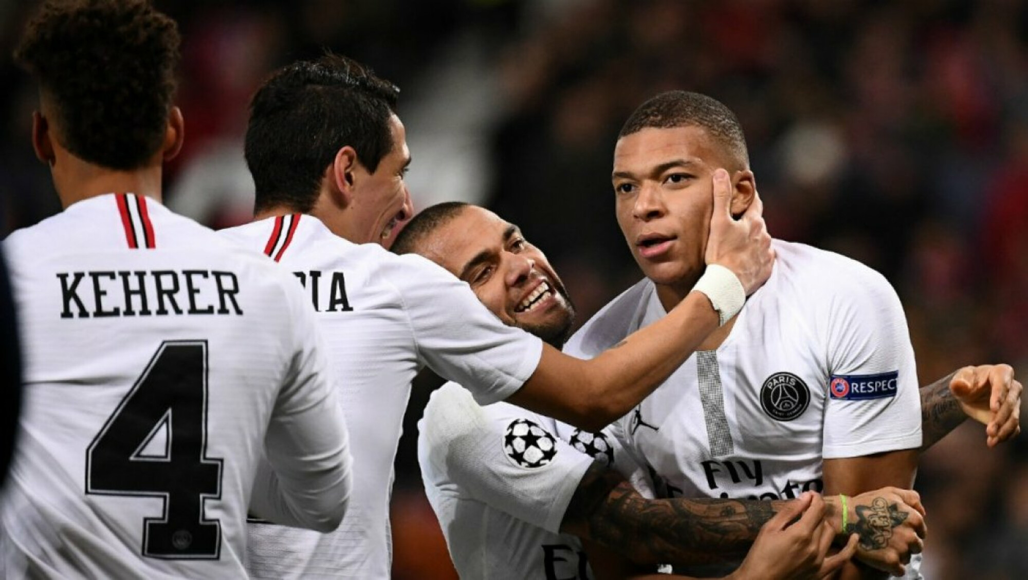 Champions League: Rd of 16 - PSG school Manchester United while AS Roma scrap past FC Porto