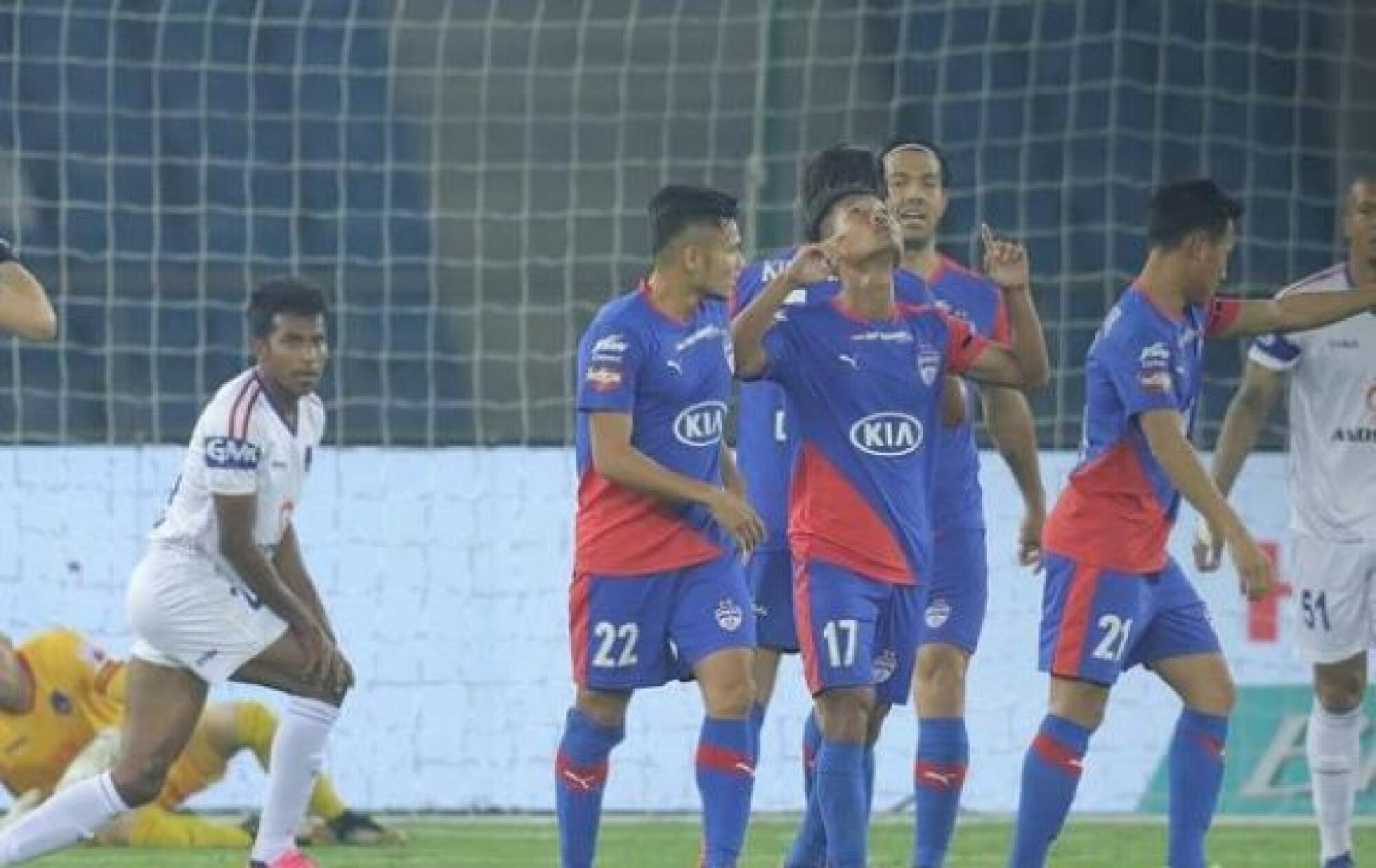 ISL 2018-19: Daniel Lahlimpuia brace ensures full points for Dynamos.