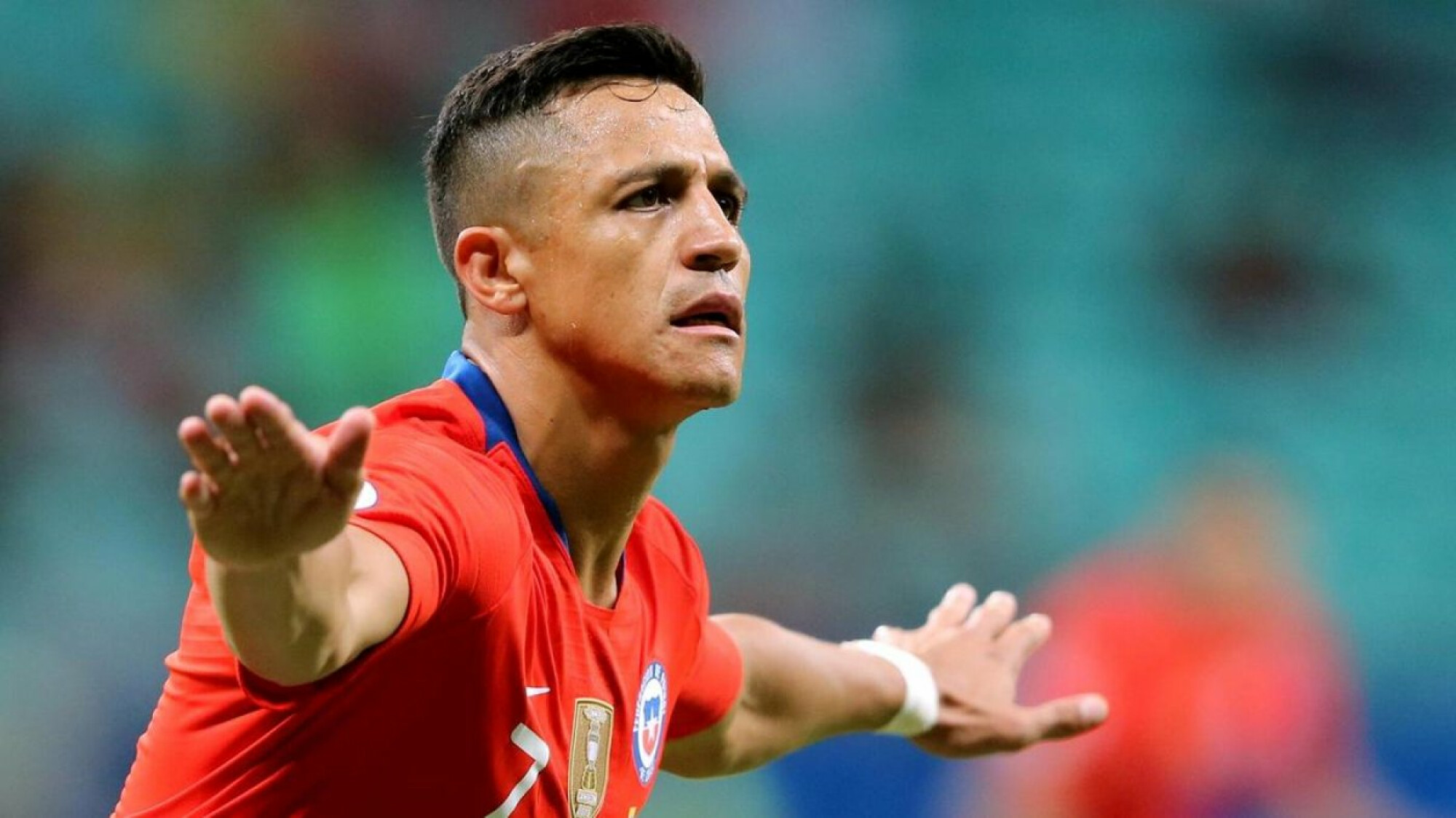 Alexis Sanchez puts Man Utd woes behind him, firing Chile into Copa America quarterfinals